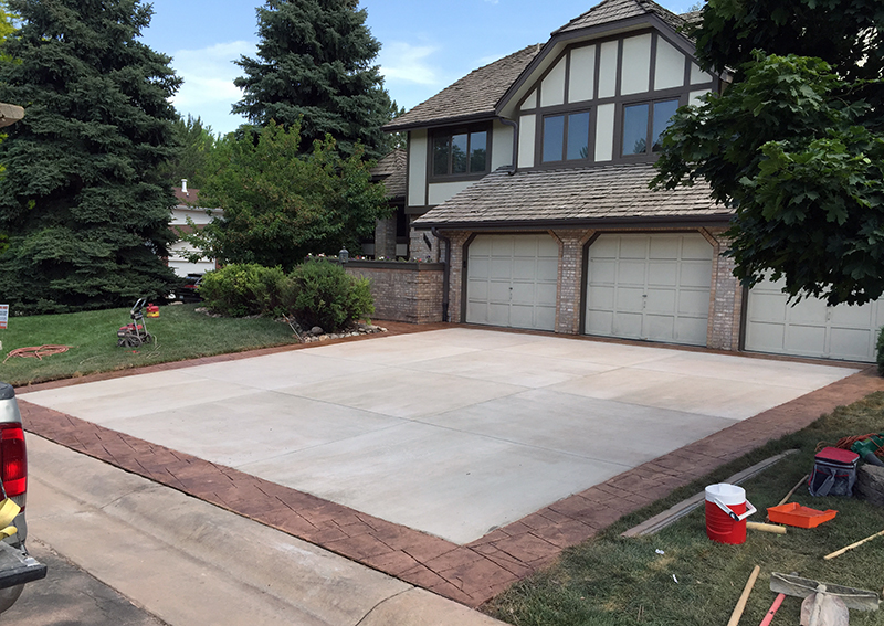 Littleton Driveway Replacement with Boarder